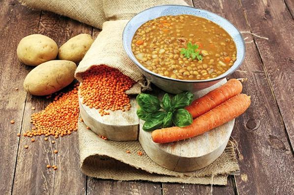 racjonalna dieta np. zupa z czerwonej soczewicy